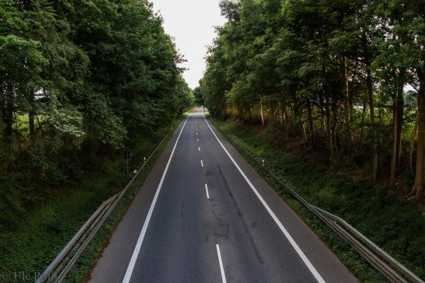 Einsame Landstraße - das Original Richtung Süden