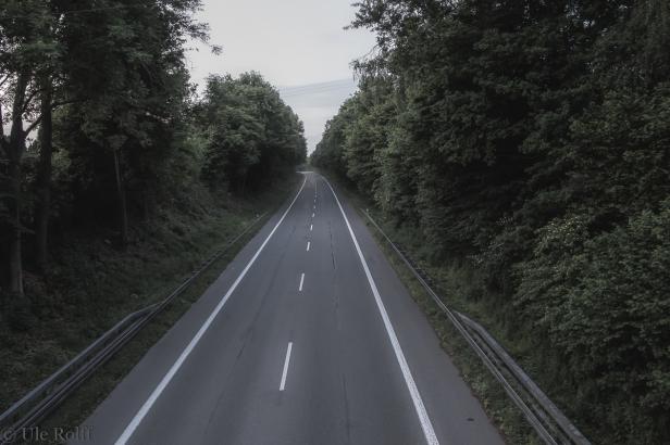 Einsame Landstraße - das Original Richtung Norden.